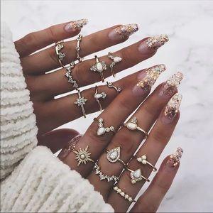 💫 Gold Crystal Star Ring Set